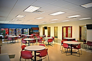 New commercial lighting in this cafeteria helps guests make the most of their meal or break.